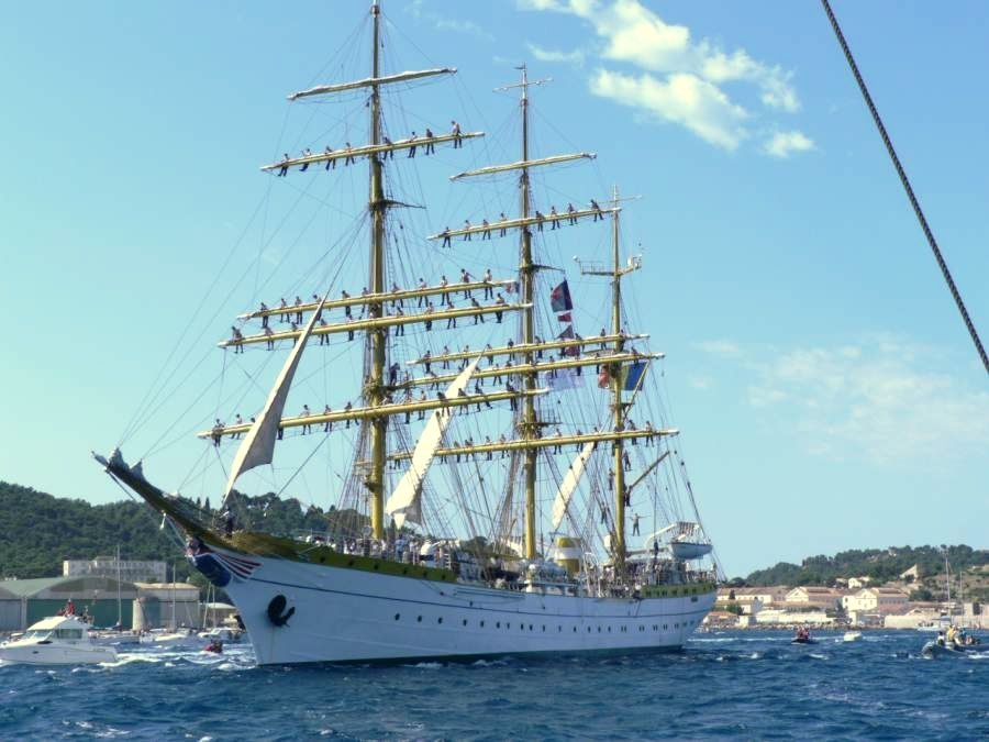 Romanian Navy opens fundraising to send training ship sailing around the world