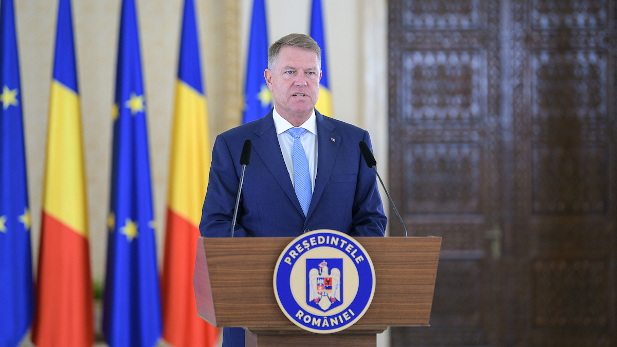 Romania's president favors early elections after Government dismissed