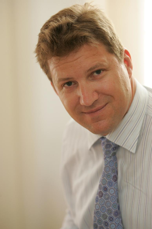 veteran real estate broker joins avison young office in