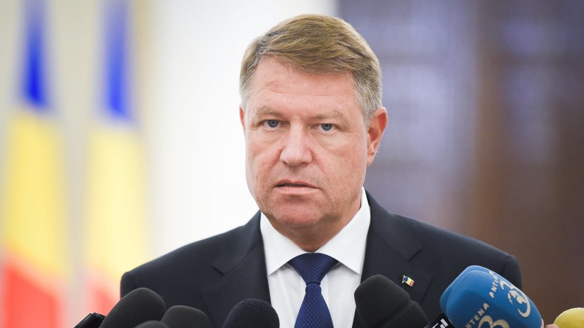 Klaus Iohannis wins Romanian presidential election | World ...