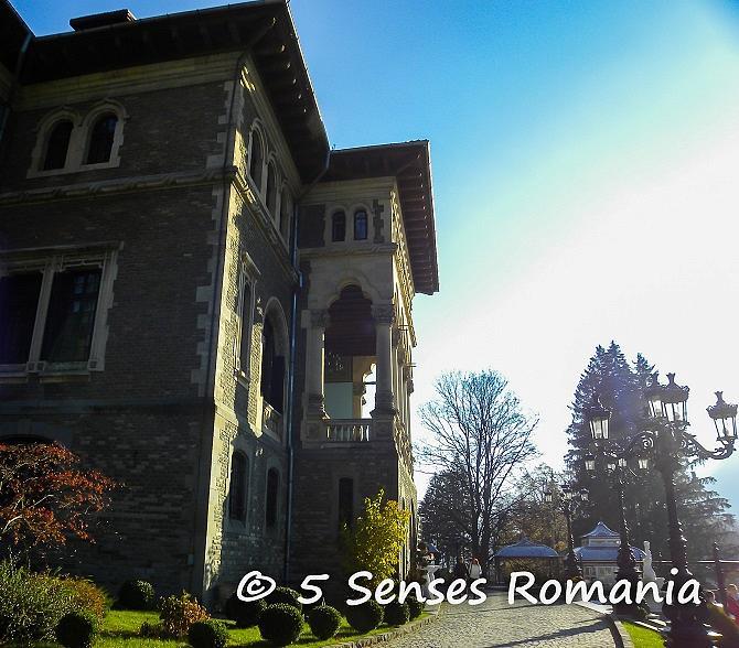 foto de Travel planner: The Cantacuzino Castle in Buşteni - the season's ...