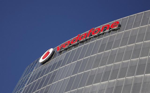 Vodafone Romania ups service revenues by 2 5%   Romania Insider