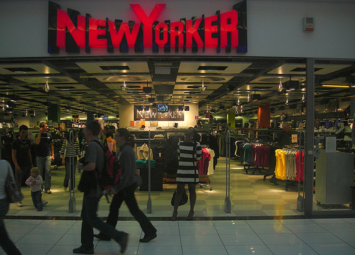 new yorker to open store in unirea shopping center