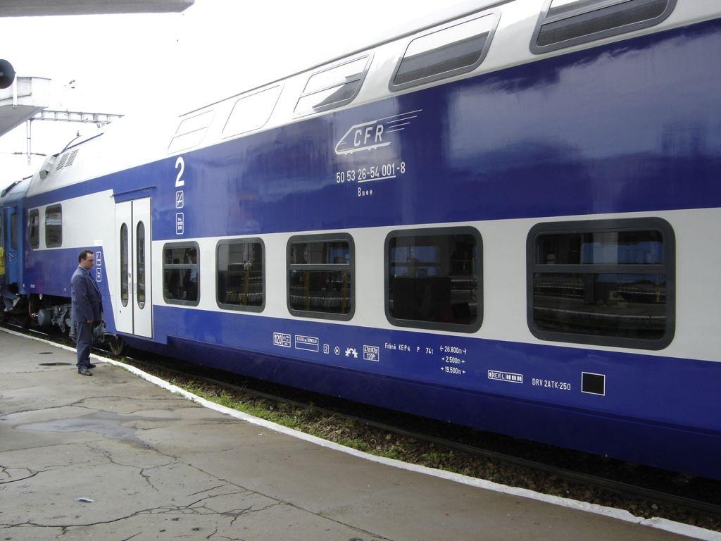 Romanian railway company hikes tariffs by 8 percent