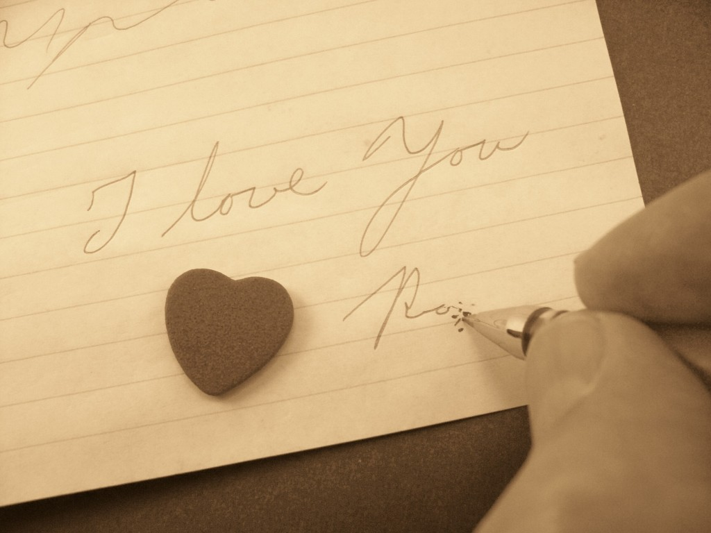 Romanians Target World Record With Longest Love Letter
