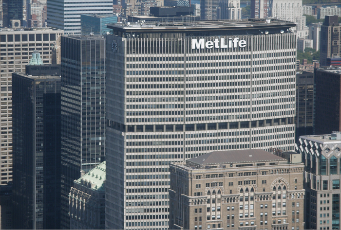 http://www.romania-insider.com/wp-content/uploads/2012/09/metlife-wikipedia.png