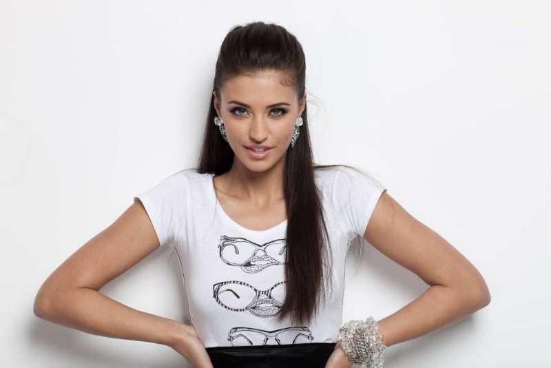 [AUDIO] Romanian song: Marabou by Antonia - Romania Insider
