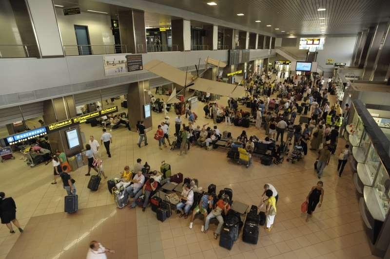 Aeroporto Bucarest : Record traffic on bucharest airports