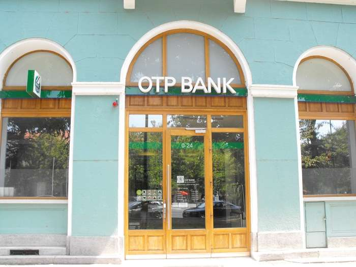 OTP Bank, in advanced talks to take over Romanian lender Banca ...