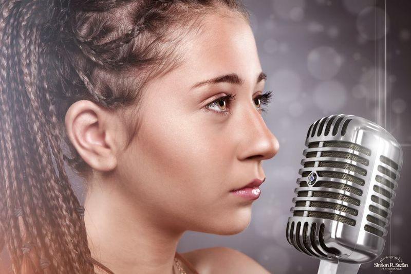 Romanian song: Memories by Nicole Cherry - Romania Insider