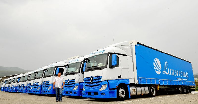 Mercedes-Benz delivers 25 trucks to Romanian transport ...