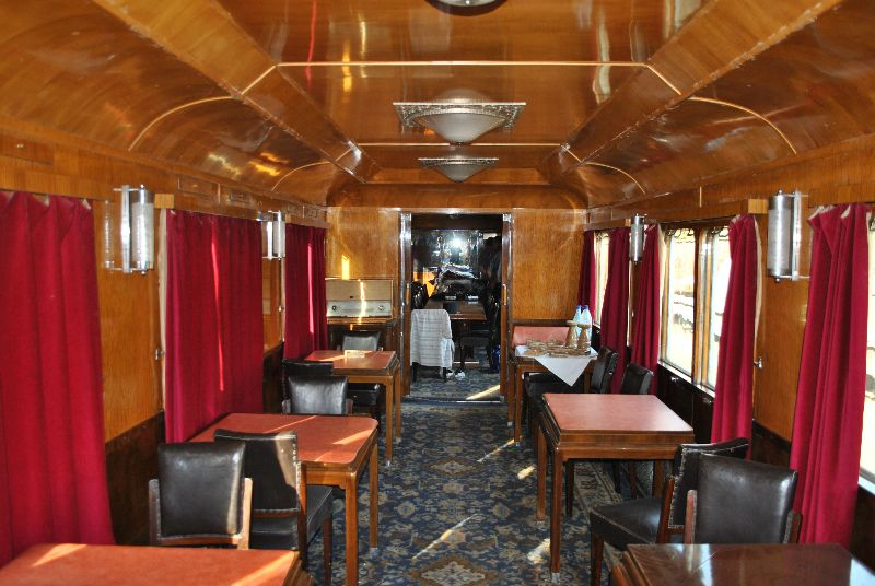 Romanian Royal Train Opens For Tourists In Targu Jiu Railway Station Romania Insider
