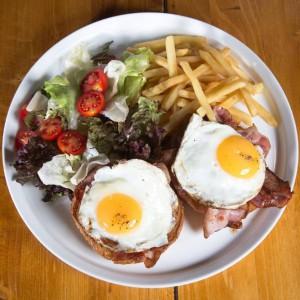 Burger Bar  - breakfast