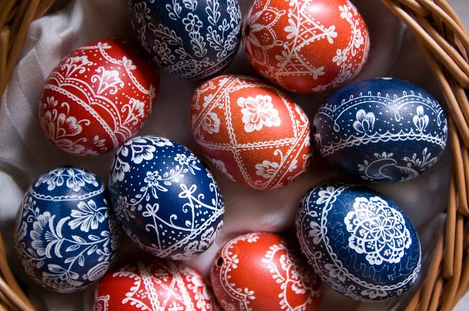 Google Easter Eggs List >> Traditional Easter food in Romania – where to find it ...